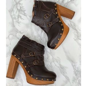 Topshop Leather Ankle Booties